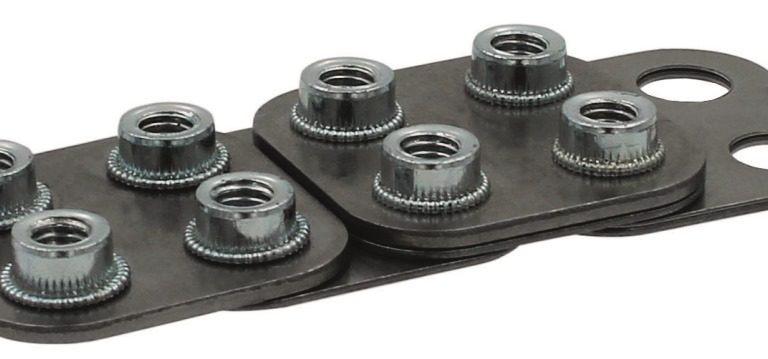 Material mix adapts rivets for weight reductions